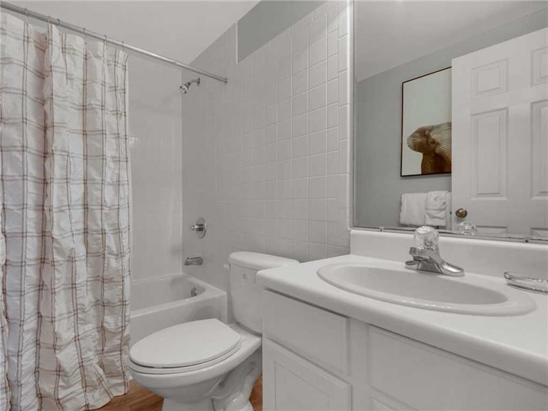 Twin Guest Bathroom