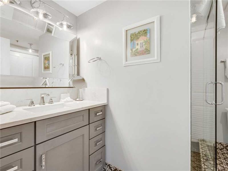 Newly Remodeled Queen Guest Bathroom