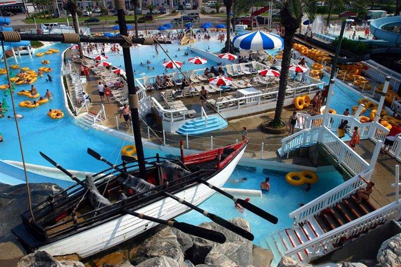 Free adult admission to Big Kahunas Water Park in season
